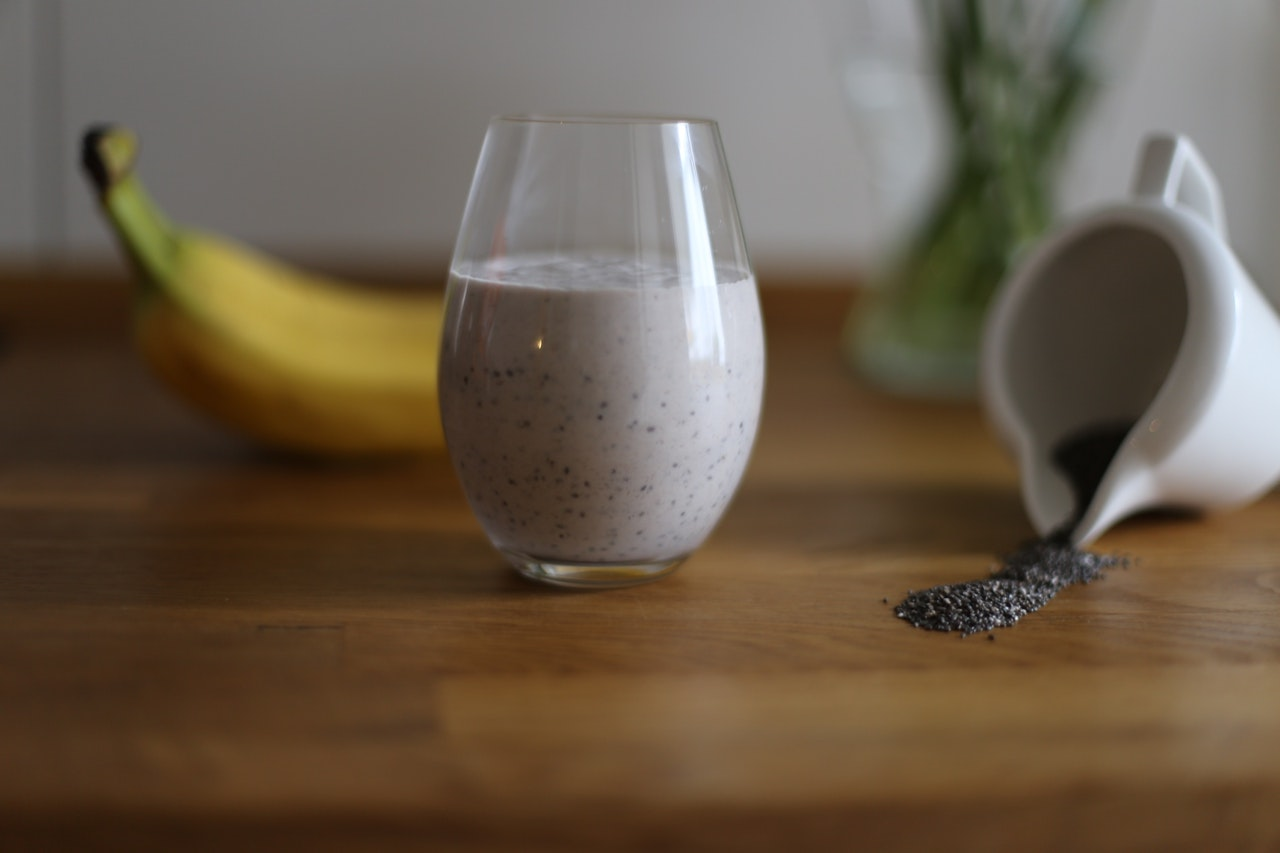 protein-banana chip smoothie